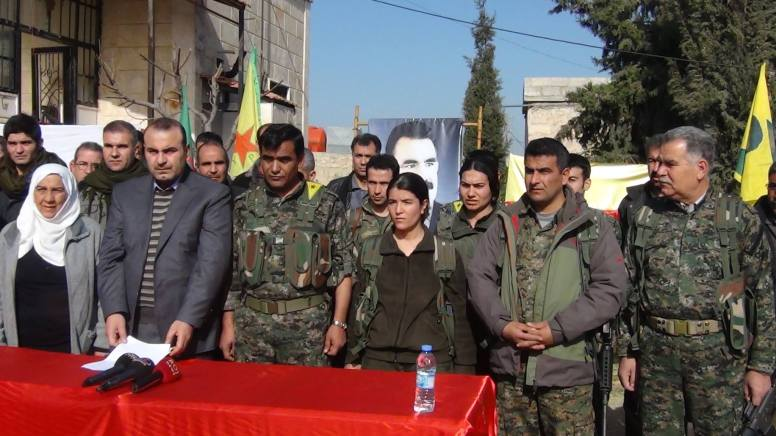 YPG Commander Mahmud Berxwedan, Canton PM Anwar Moslem, Defense Chied Ismet Hasan and other officoals Photo (Mislim Nebo)